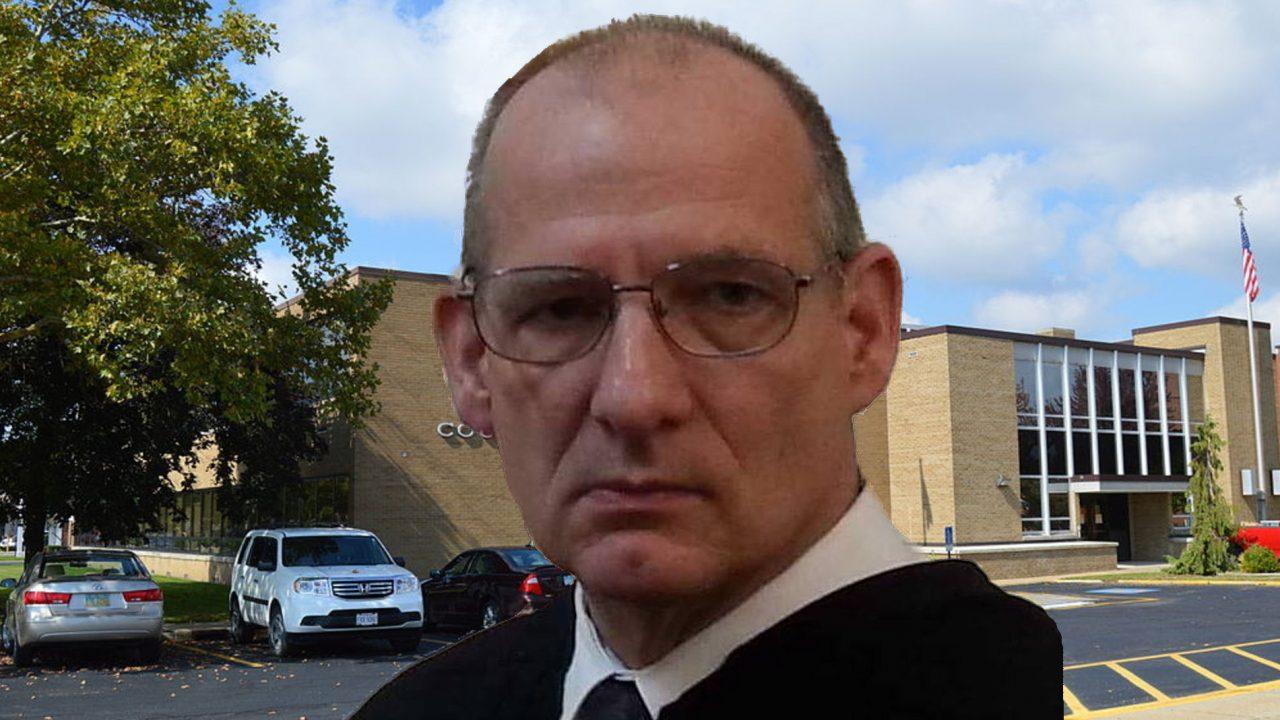 https://ashtabulagop.com/wp-content/uploads/2019/11/david-schroeder-ashtabula-county-court-of-common-plese-judge-1280x720.jpg